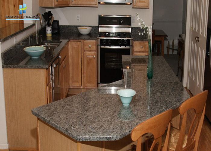 đá bàn bếp kim sa sáng